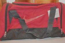 Nike Travel Bag Fuchsia Size Small BA4831 682 New w/Tags $24.99
