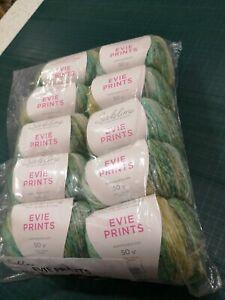 Détails sur 10 x Evie Imprime 586 Vert Mix Sirdar sublime Aran 50 g boules 94% coton mélangé- afficher le titre d'origine