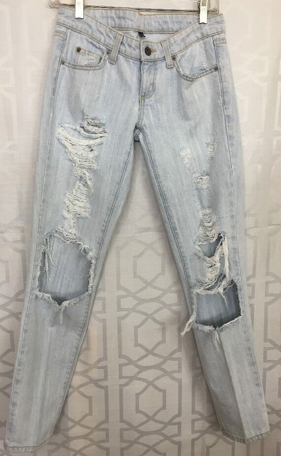 Car Mar Jean Light bluee Holes Size 23