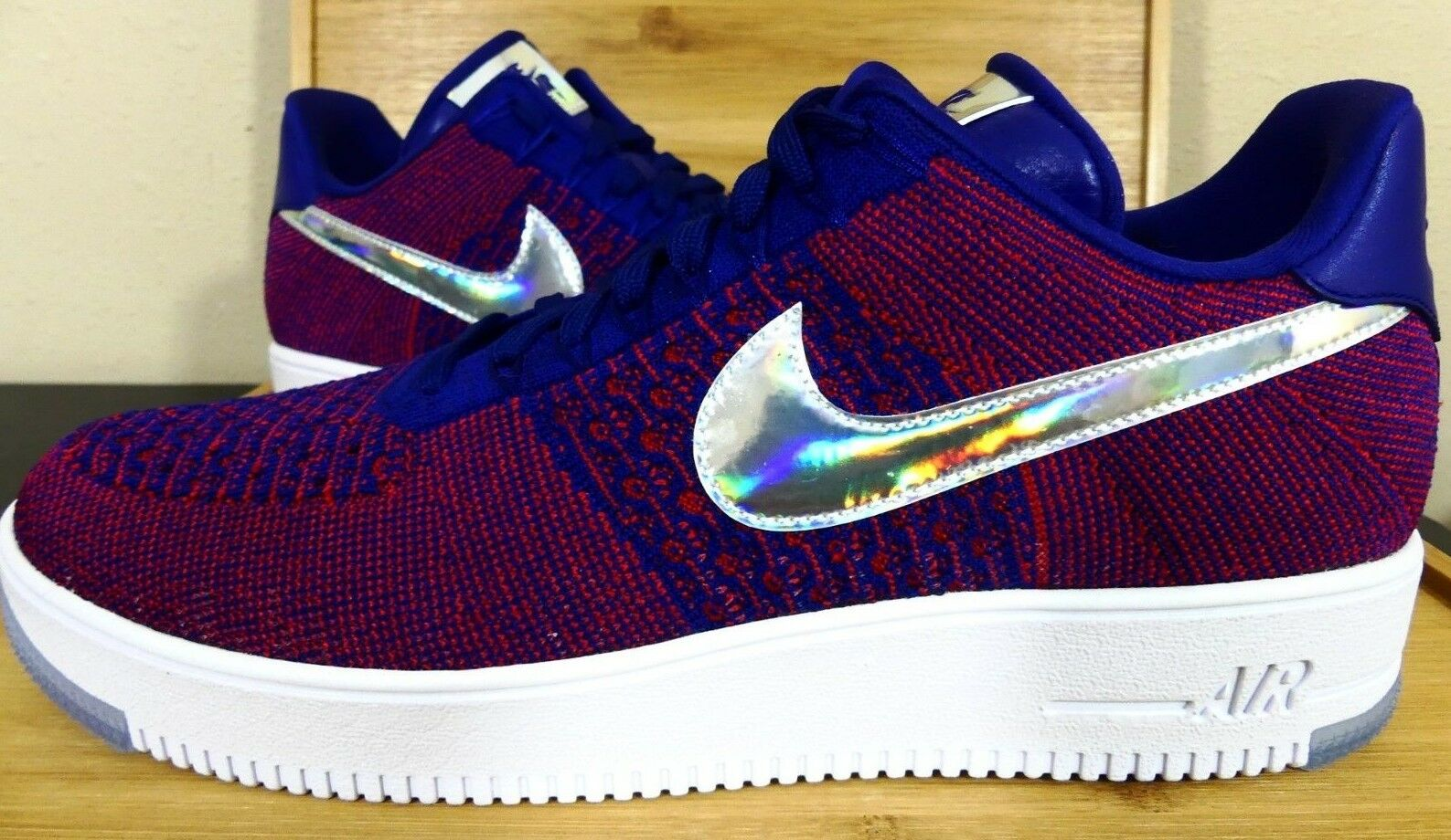 New Nike Air Force 1 Low Ultra Flyknit Size 11 Olympic Red White bluee 826577-601