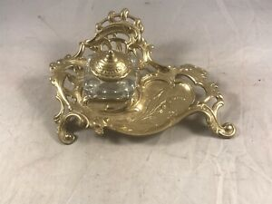 VIRGINIA-METALCRAFTERS-VMC-VICTORIAN-STYLE-BRASS-INKWELL
