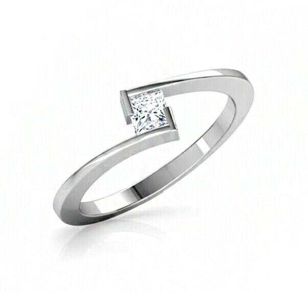IGI Certified 0.25 Ct Diamond Solitaire 14 Kt White gold Engagement Ring Size 7