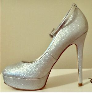 133759cd569 NEW Women s ALDO SHOES Silver Sparkle Ankle Strap High Heels Sz 9 ...