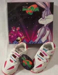 09820450f43f WB Looney Tunes SPACE JAM Basketball Kids LOLA BUNNY SNEAKERS Size 7 ...
