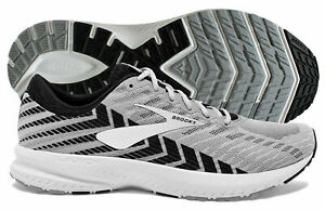 Alloy/Black/Grey running shoe