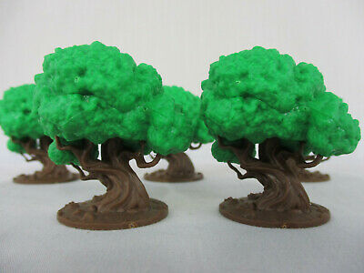 Joan of Arc Lot of 2 FARMHOUSE Miniature Figures Scenery NEW!! Time of Legends