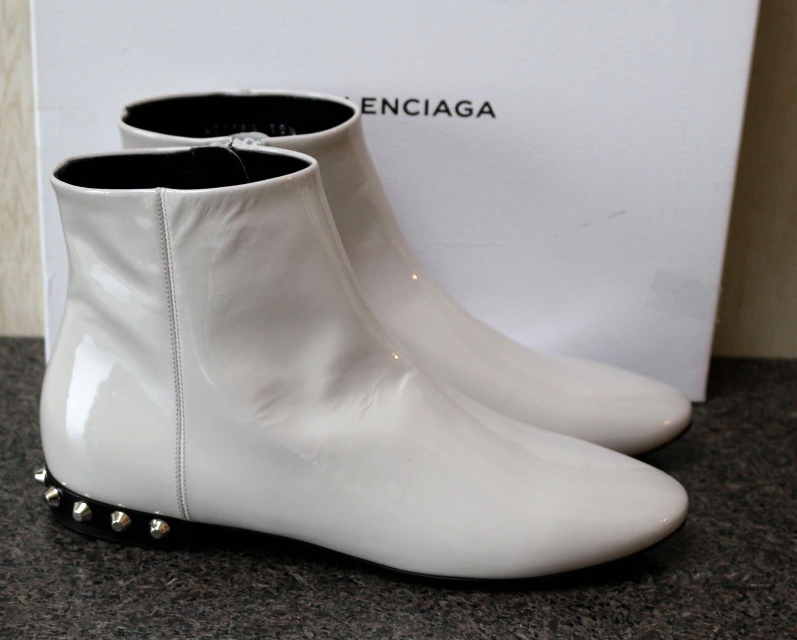 NIB AUTHENTIC BALENCIAGA PARIS GREY PATENT LEATHER ANKLE BOOTIES BOOTS Shoe 38.5