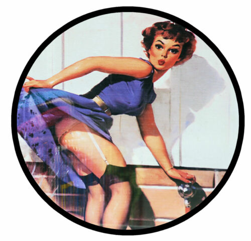 RETRO 60s PIN-UP GIRL FUN CAR TAX DISC HOLDER REUSABLE BRAND NEW GIFT