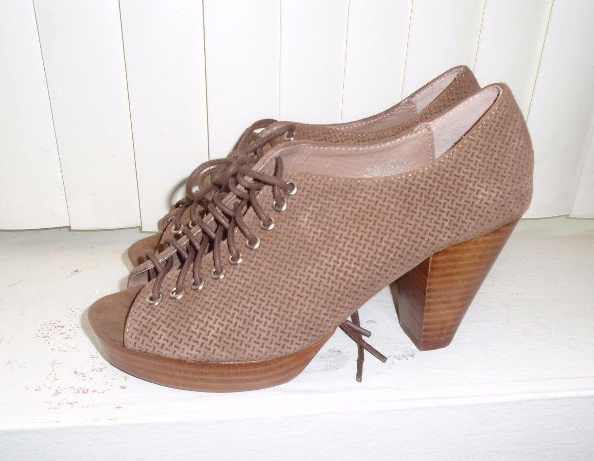 Anthropolgie Jeffrey Campbell Braun Suede Lace Up Roosevelt Heels 6.5  178