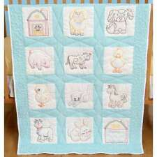 """Stamped White Wall Or Lap Quilt 36/""""X36/"""" Barn 013155700763"""