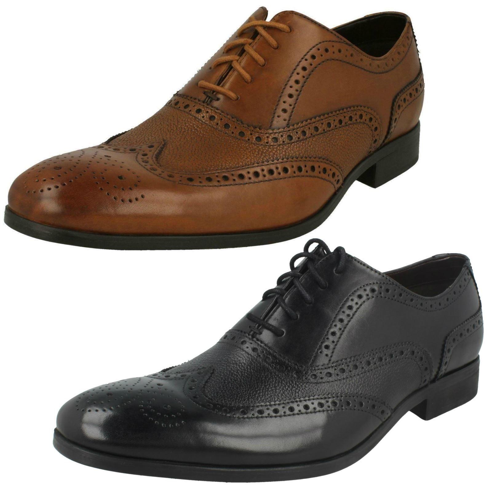 Mens Clarks Lace Up Stylish Grain Detail Leather Brogue shoes Gilmore Limit