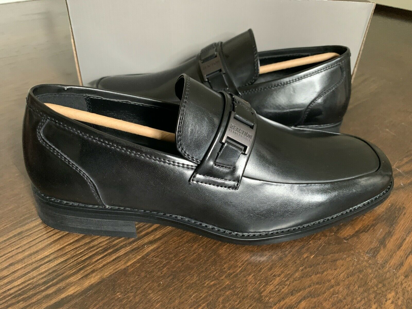 Mens Kenneth Cole REACTION Slip On Dress Shoes/Loafers - Size 7 - M - Black