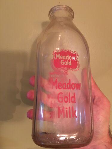 Vintage Meadow Gold Milk Builds Champions Glass Quart Milk Bottle Rare VG+