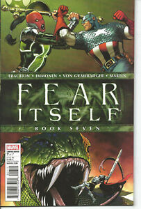 FEAR-ITSELF-7-1st-print-CAPTAIN-AMERICA-LIFTS-THOR-039-S-HAMMER-Marvel-Comics