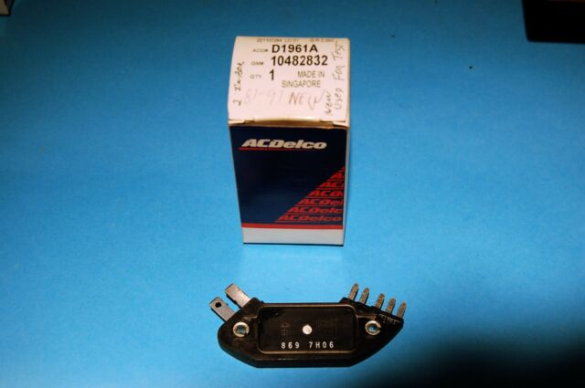 NOS GM Ignition Module #10482832 Priority USPS
