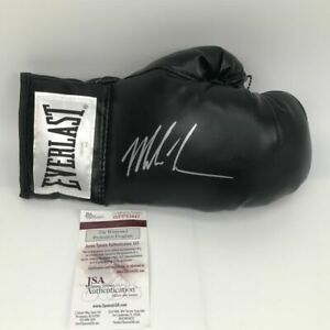Autographed-Signed-MIKE-TYSON-Black-Everlast-Boxing-Glove-JSA-Spence-COA-Auto