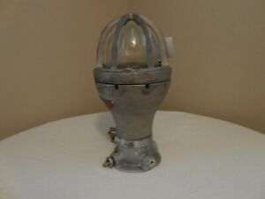 Vintage-Industrial-Barn-old-ceiling-Crouse-Hinds-Explosion-Proof-Table-Lamp