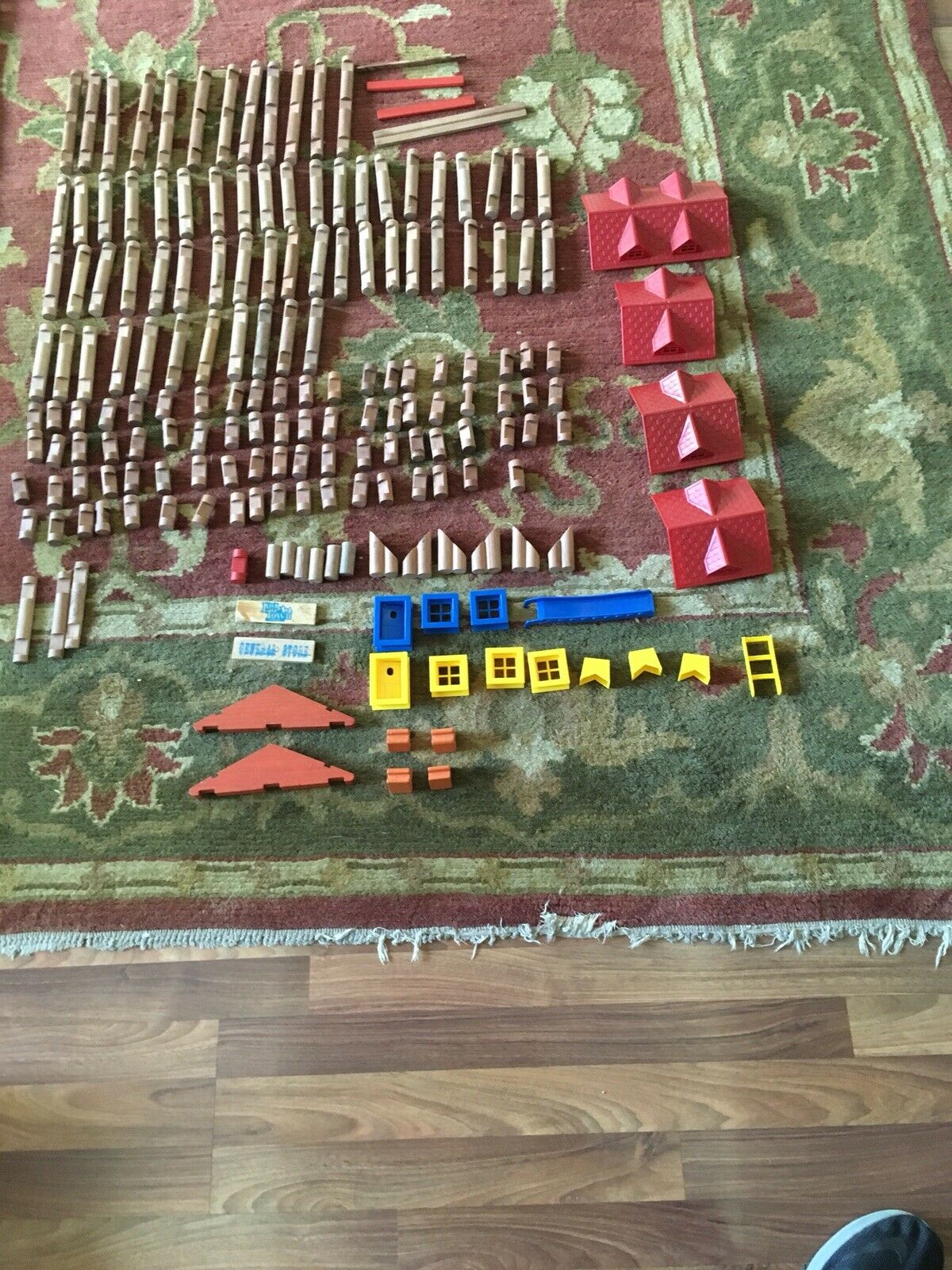 Lincoln Logs Set 184 Pieces-Includes Pieces-Includes Pieces-Includes Windows, Doors, Sign Holders, Slide & More 5c1a6b