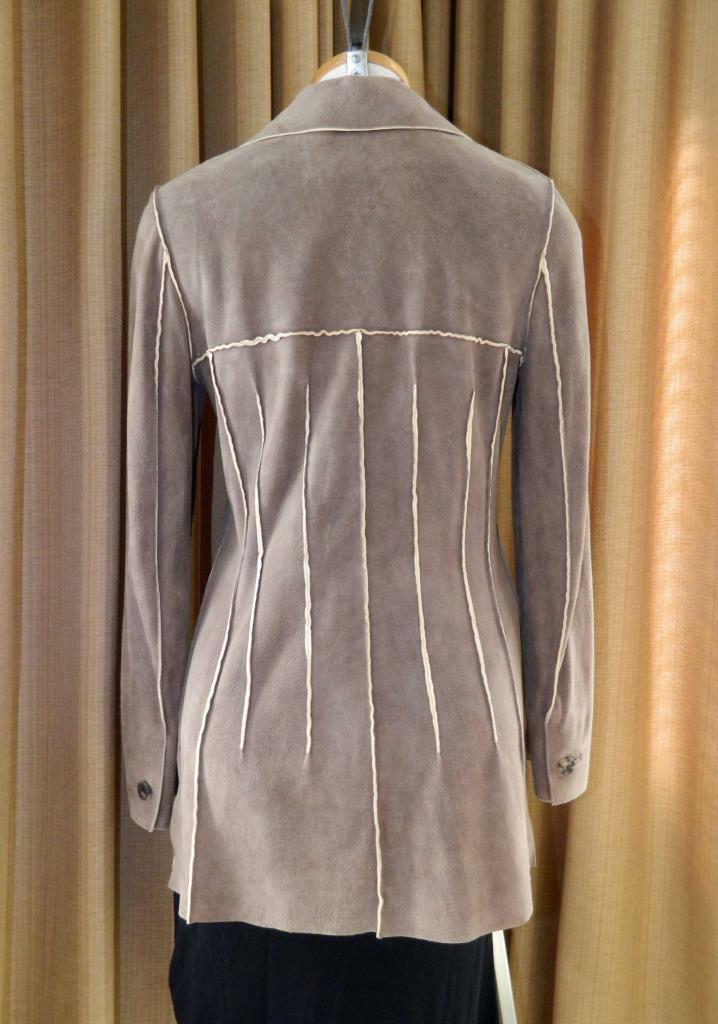 CHANEL Jacket Deer Skin Suede Chanel Horn Button … - image 4