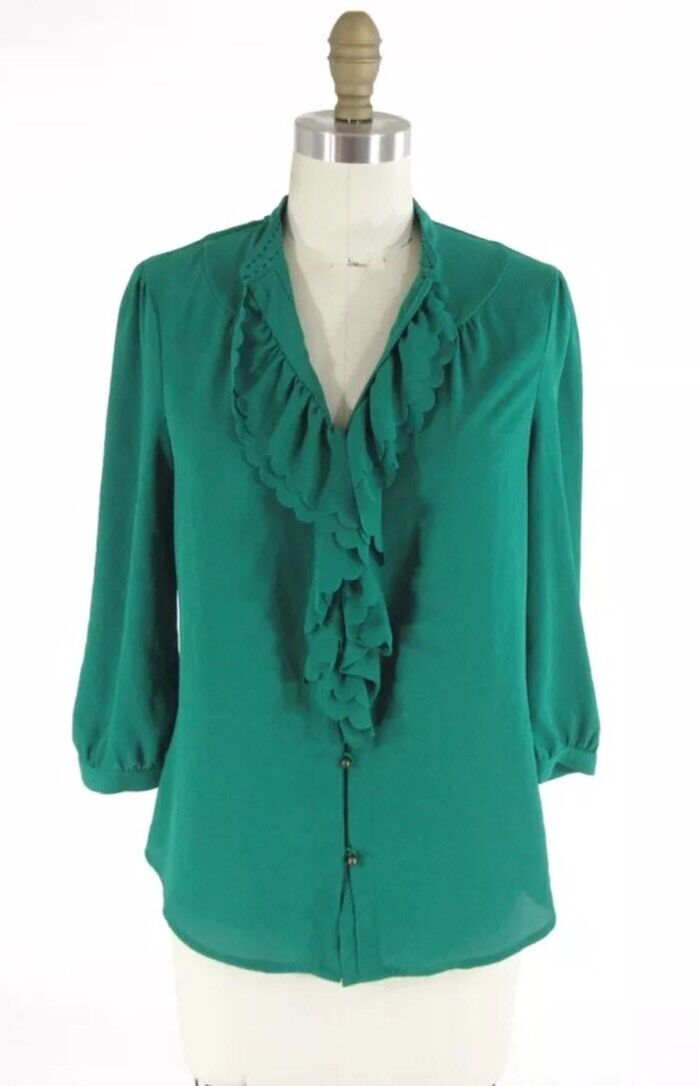 NEW Anthropologie Grün Scalloped Ruffle Blouse Größe 8