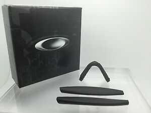 fbb6b0a3640 AUTHENTIC OAKLEY M-FRAME BLACK EAR SOCKS TEMPLE TIPS   NOSE PAD KIT ...