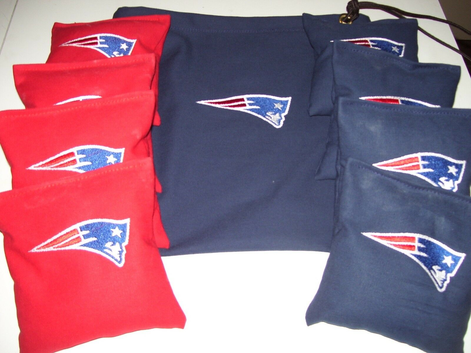 New England Embroidered Cornhole Corn Hole set of 8 Bags W Storage Bag
