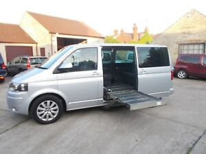 WHEELCHAIR-ACCESSIBLE-WAV-DISABLED-VW-VOLKSWAGON-CARAVELLE-EXEC-PASS-UP-FRONT