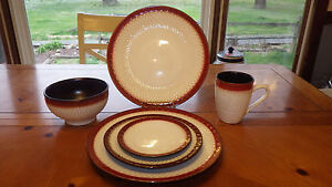 Mikasa Stoneware Dinnerware in Sorrento Red 20pcs Service 4 New in Box 2 Avail