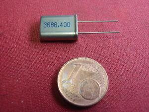 QUARZ 3,6864900Mhz = 3686,400Khz    kl. BAUFORM  X-TAL        22895-41