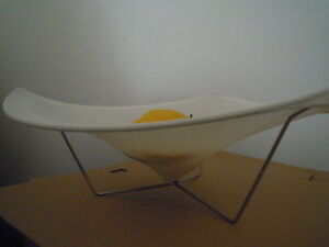 CHILEWICH-fruit-bowl-Large-TRIPOD-portafrutta-BIANCO-PANNA