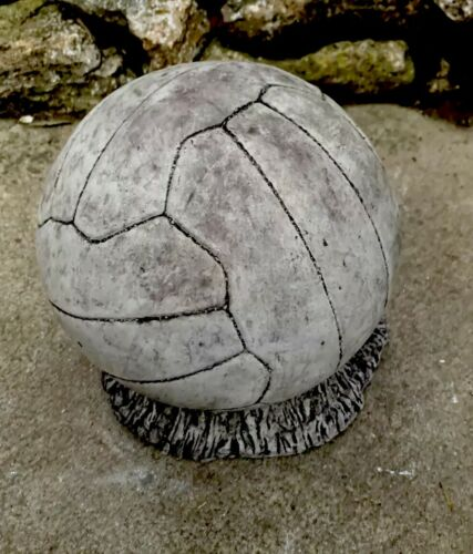 STONE GARDEN LIFE SIZE FOOTBALL ON GRASS STATUE DETAILED ORNAMENT GIFT