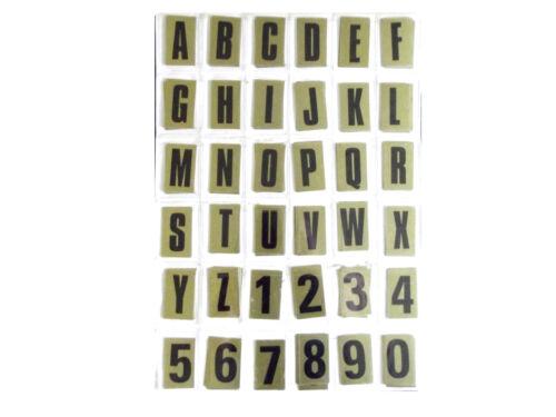 Noir sur Or Autocollante Signe des chiffres et des lettres 63 mm hiigh