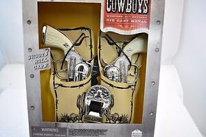 DOUBLE HOLSTER SET & BELT W/TWO WESTERN REPEATER PISTOLS # 5513