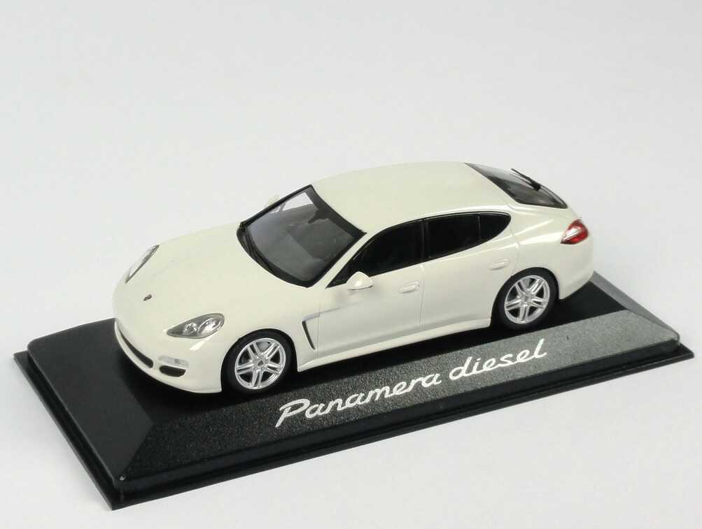 1 43 porsche panamera Diesel Blanc blanc-Dealer-Edition-OEM