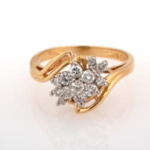 Estate-14K-Yellow-Gold-Diamond-Floral-Cluster-Ring-0-70-CTW-Diamonds-Size-7