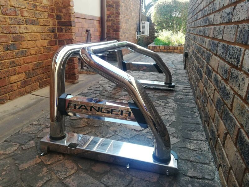 Ford Ranger chrome roll bar for sale in immaculate condition