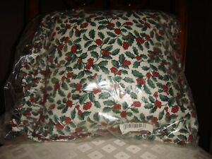 Longaberger-Traditional-Holly-Ruffled-Corded-Pillow