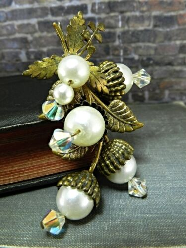Vintage Brass Colored Autumn Acorn Faux Pearl Pin