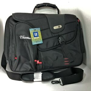 Cadillac-Branded-Black-Commotion-Messenger-Bag-For-17-034-Laptop-Or-Carry-On-By-FuL