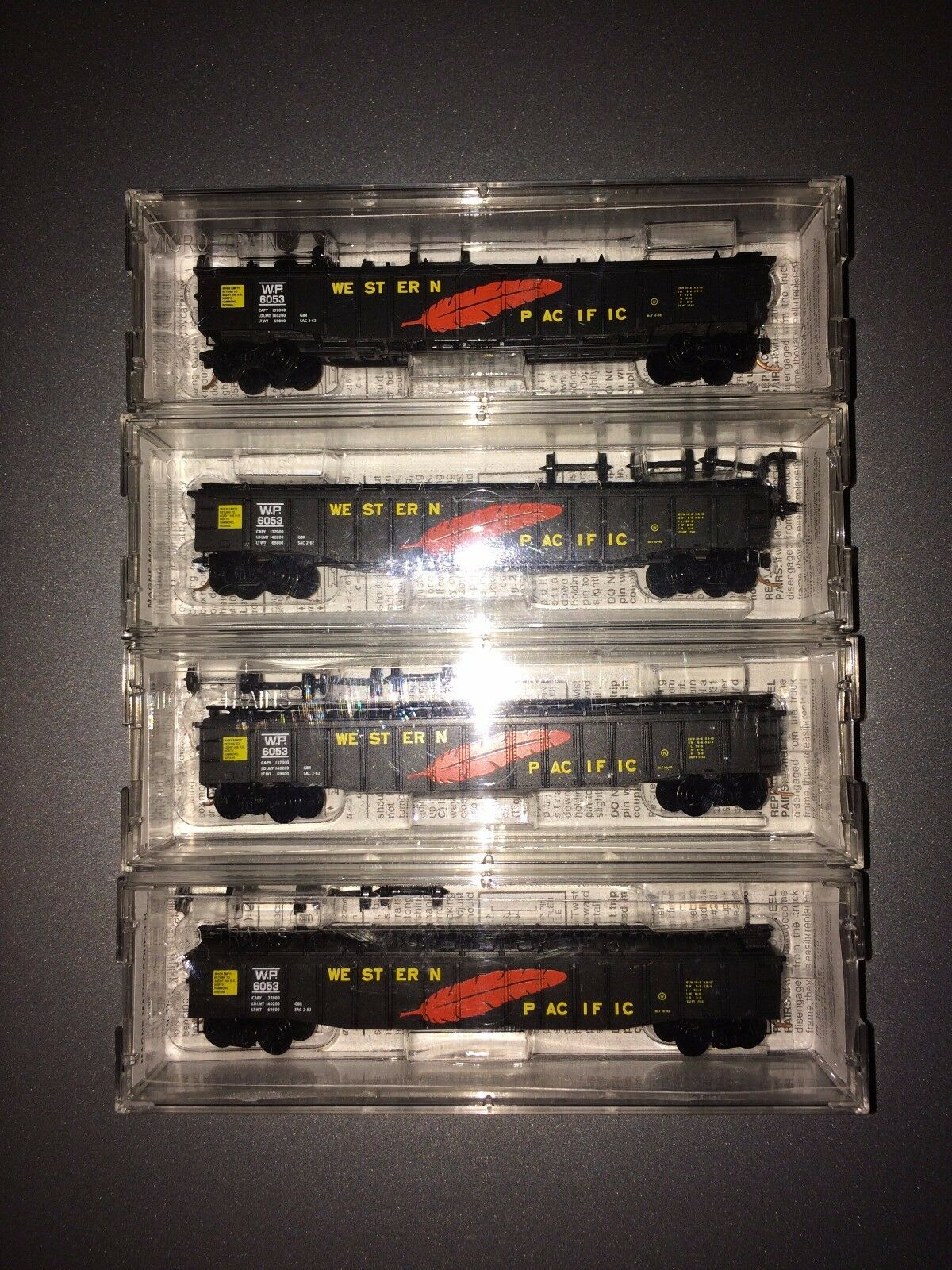 N Scale Western Pacific 50' Steel Side 15 panel Fixed End Gondola - NEW