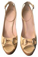 Gucci Authentic Cream Patent Leather Peep Toe Horsebit Wedge Straw Heel Sz 6