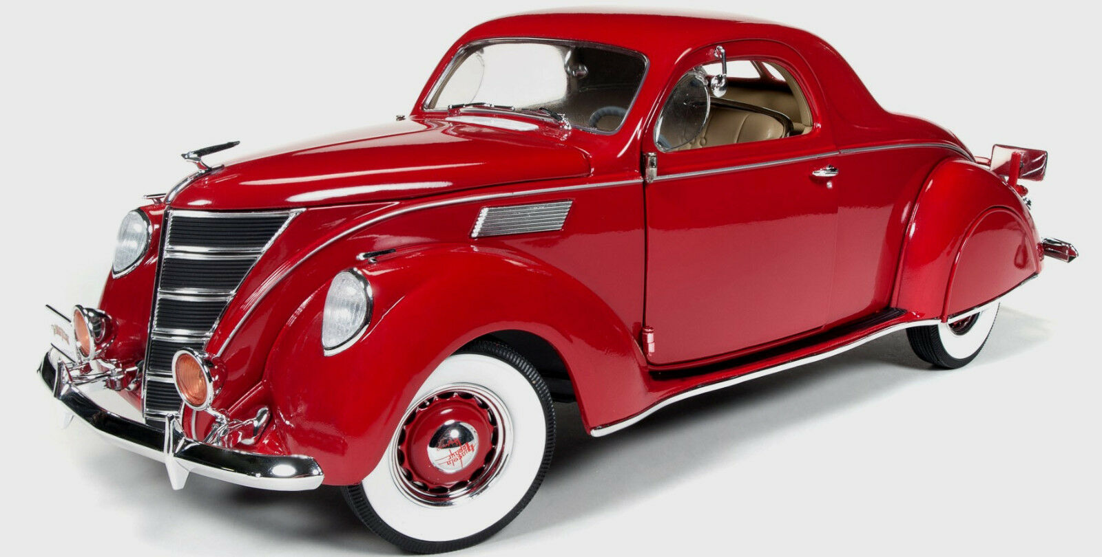 1937 Lincoln Zephyr Rouge 1 18 The Three Stooges 113