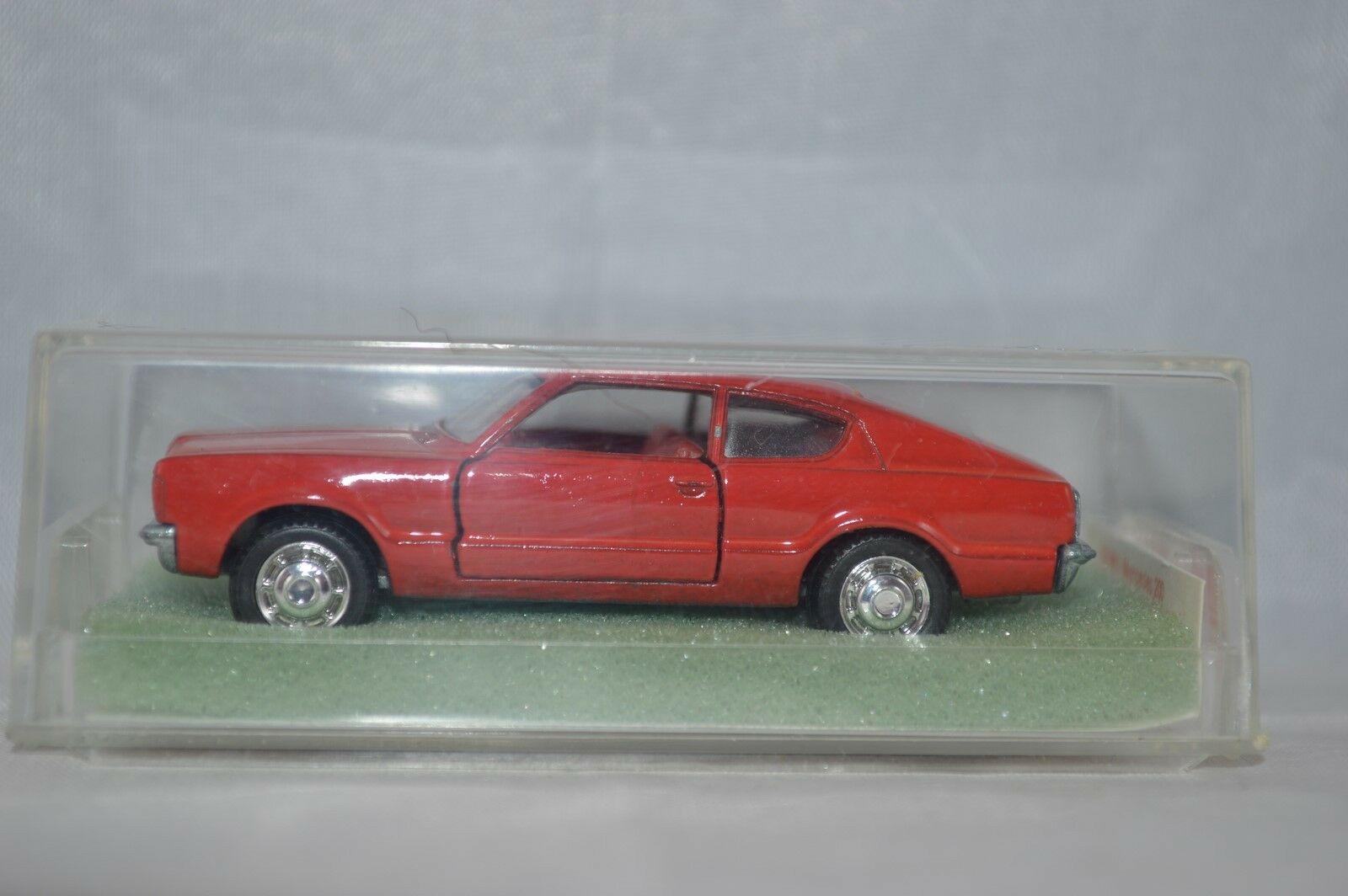 Schuco 301 837 Ford Taunus GT-Coupe    Mint in Box.