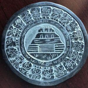 Rare aztec mayan jade sun stone relief carved ceramic zodiac