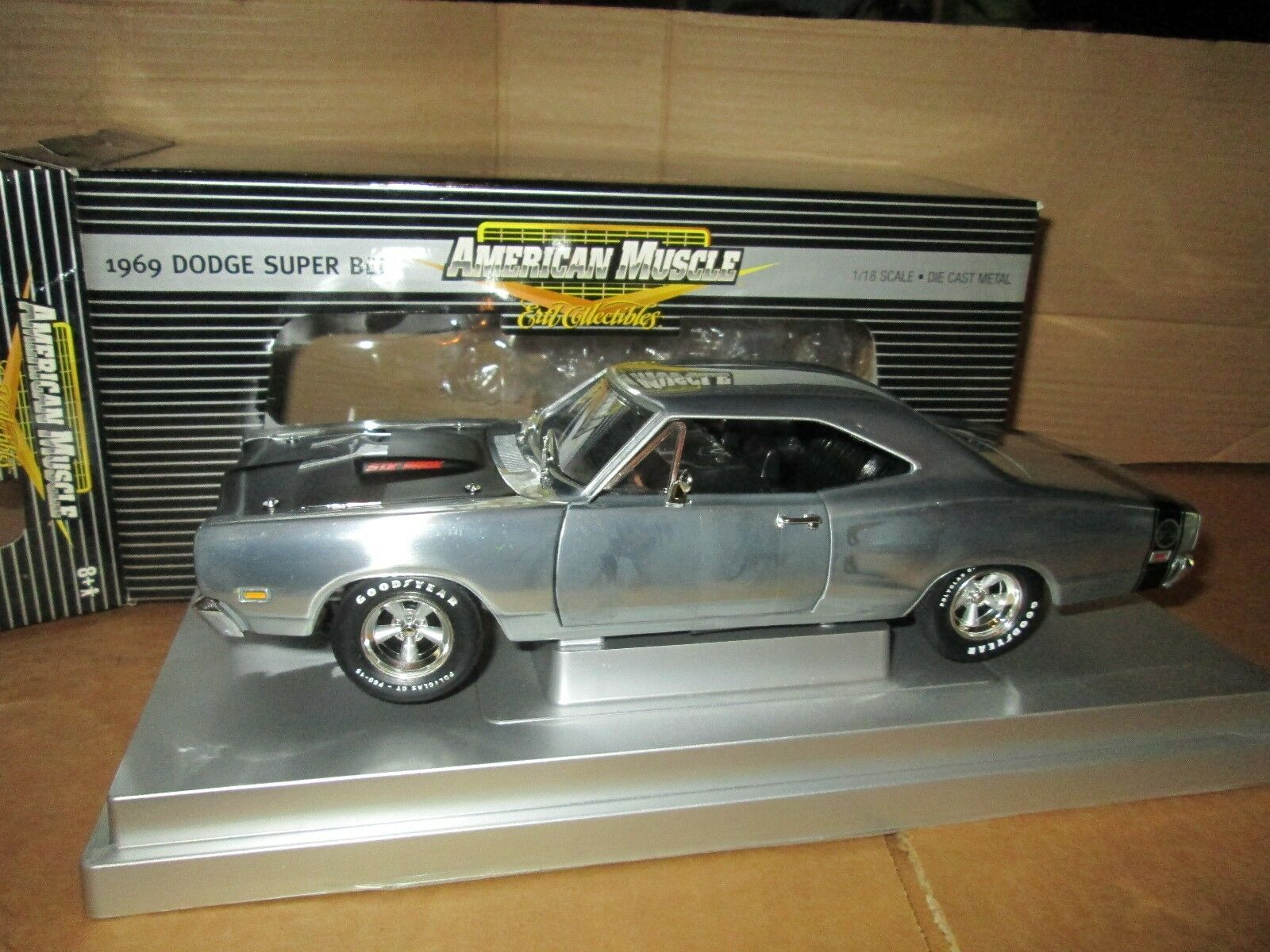 1969 Dodge Super Bee 440 Confezione da 6 1/18 American Muscle Elite 33728 Uomota