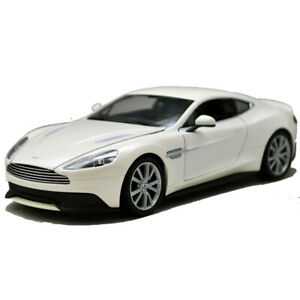 Welly-1-24-Aston-Martin-Vanquish-White-Diecast-Model-Sports-Racing-Car-Toy-BOXED