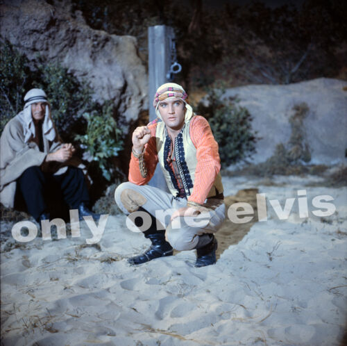 ELVIS PRESLEY in the Movies 1965 Photo HARUM SCARUM on the set RARE UNSEEN 01