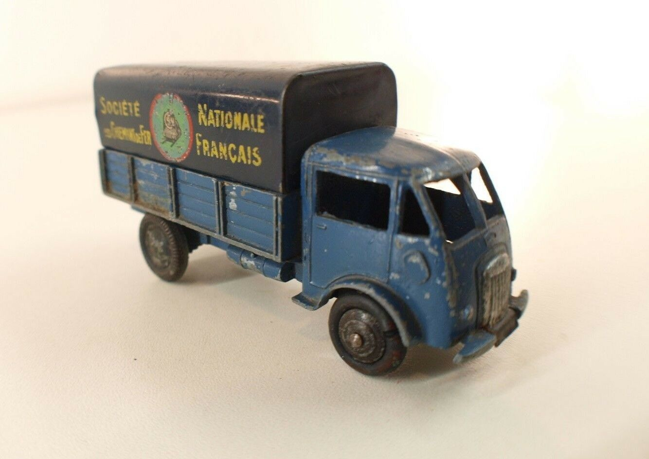 Dinky F 25JB camion Ford bâché SNCF peu fréquent