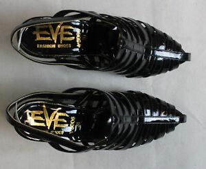 Paire-de-chaussures-EVE-pointure-35-Neuve