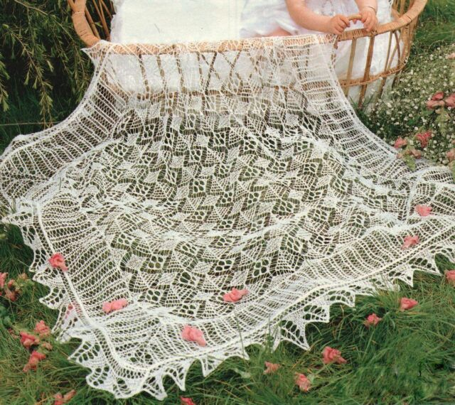 Delicate Lacy Trad Shetland Christening Baby Shawl 2 Ply Knitting